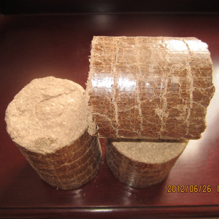 wood briquettes from sawdust