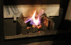 Uses of wood pellet stove ash